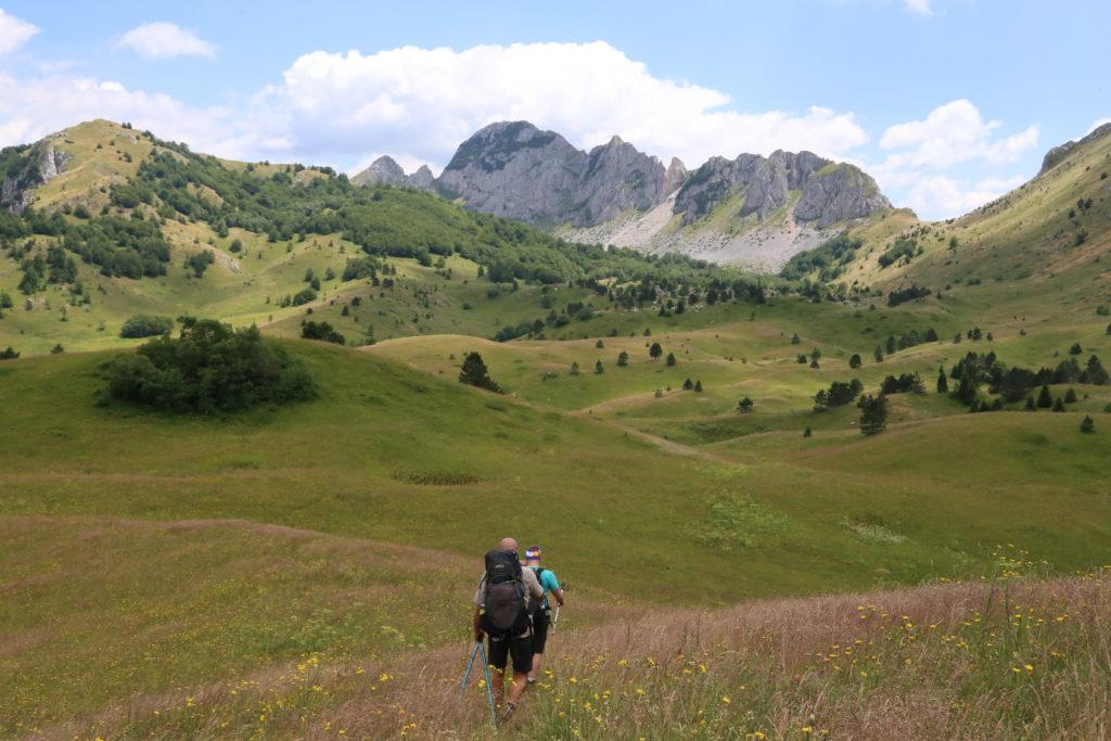 standardi-za-vodice-u-avanturistickom-turizmu_ATTA-adventure-guide-standards_usaid-turizam
